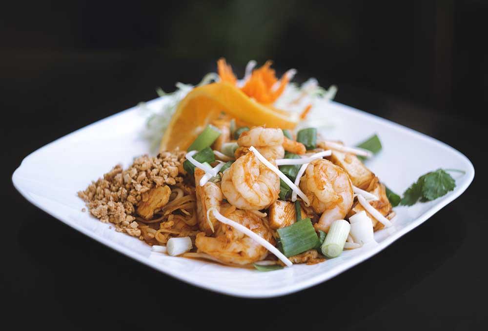 Pad-Thai-With-Shrimp